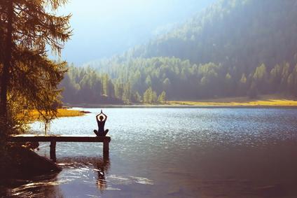 Frühlingsurlaub: Meditationskurse in Klosterhotels