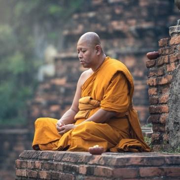 Meditation – mit offenen oder geschlossenen Augen?