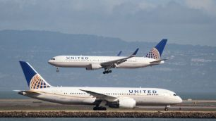 Image result for US lawmakers criticise United airlines
