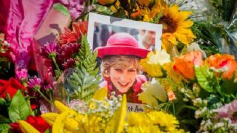 Diana wreaths