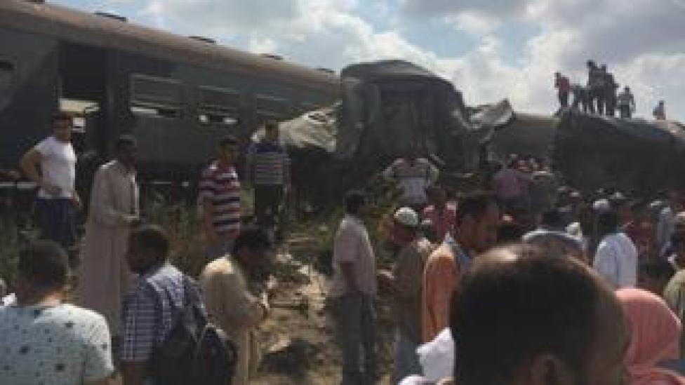 Dozens were killed and injured after two trains collided in the Egyptian city of Alexandria, 11 August 2017