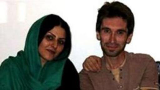 آرش صادقی و همسرش گلرخ ابراهیمی