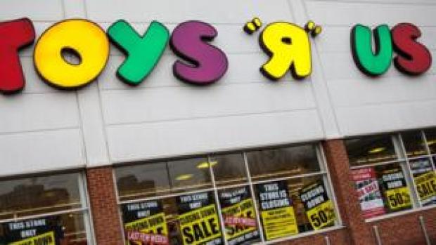Toys R Us closing sale