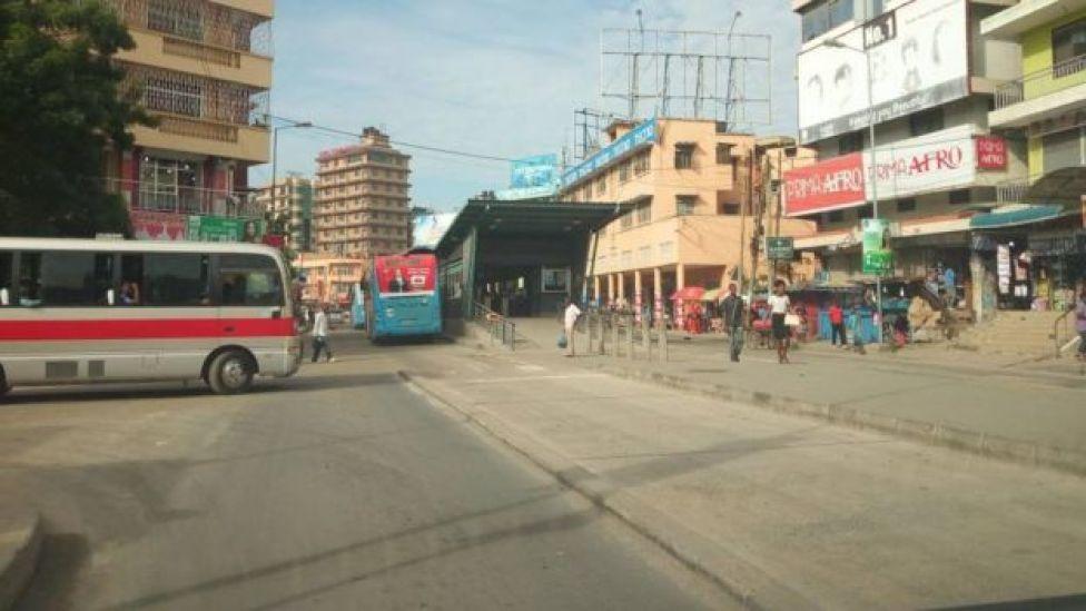 Hapa ni katika Kati ya jiji la Dar es Salaam likiwa kimya wakati siku za kawaida Watu hupishana