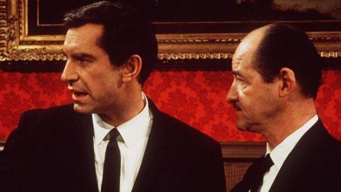 Martin Landau, as Rollin Hand.