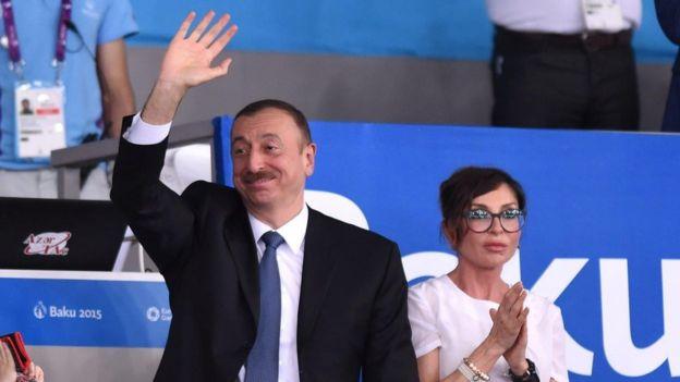 Tổng thống Ilham Aliyev vừa bổ nhiệm vợ ông, bà Mehriban Aliyeva, vào chức Phó Tổng thống Azerbaijan
