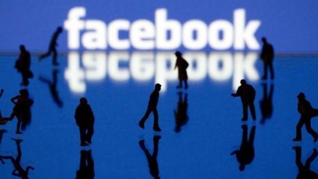 Facebook logo y gente