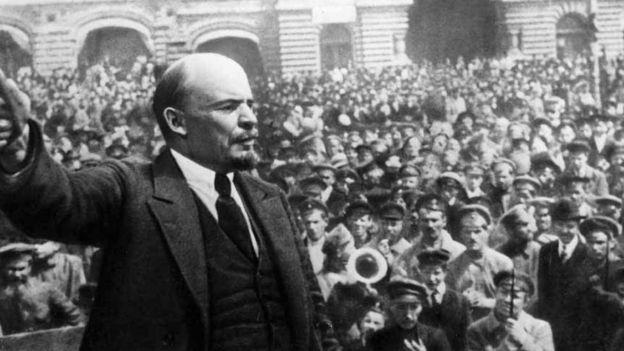 'Dzerzhinsky phục tùng hoàn toàn Lenin trong các chiến dịch khủng bố'