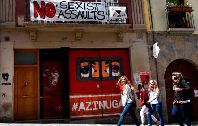 Festa de San Fermín, em Pamplona, tem chamado a atenção por casos de assédio e abuso sexual
