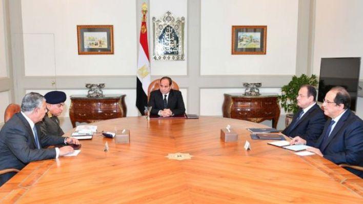 السيسي عقد اجتماعا مع اللجنة الأمنية المصغرة عقب وقوع الهجوم