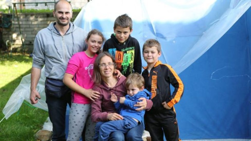 Roberta and Alessandro with their children in Piedilama, Marche, Italy, 26 September 2016