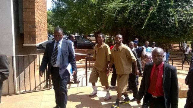 Two suspects walk into Harare Magistrates court 02.02.2016