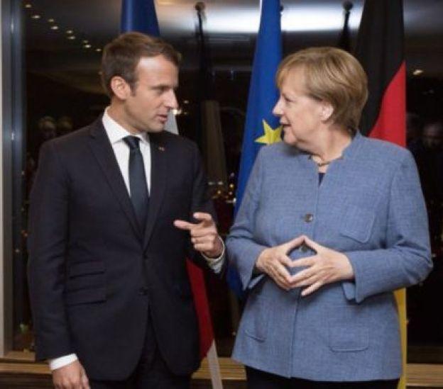 O presidente da França Emmanuel Macron e a chanceler alemã Angela Merkel