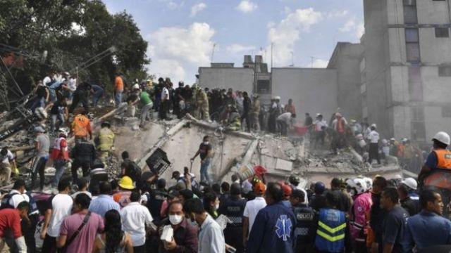 Derrumbes en Ciudad de México tras el terremoto.