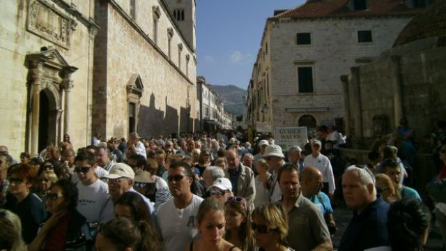 Turistas em Dubrovnik