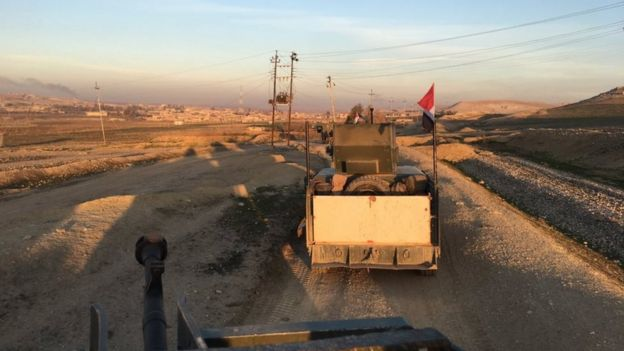 Photo taken by Quentin Sommerville from Iraqi convoy