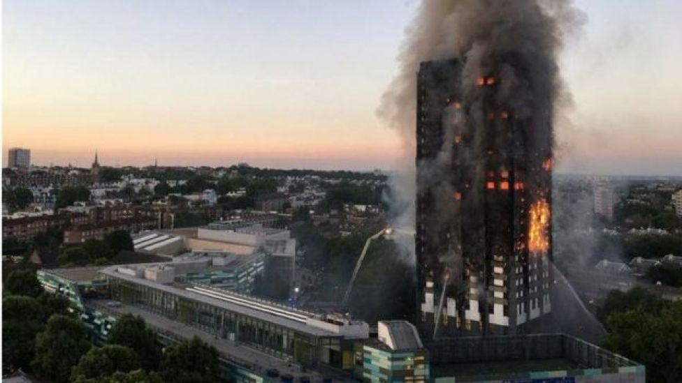 Incendio en la Torre Grenfell, en Londres.