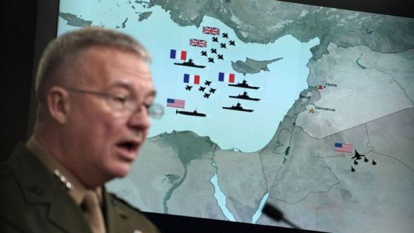 General americano Kenneth F. McKenzie Jr. fala à imprensa no Pentágono