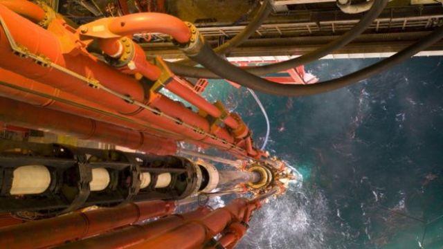 Perfuração oceânica de petróleo