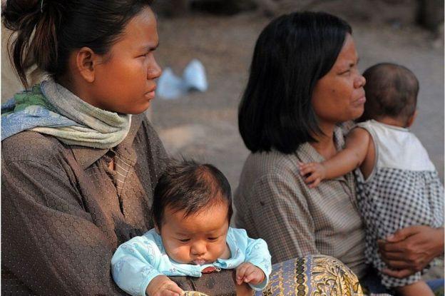 bà mẹ và con