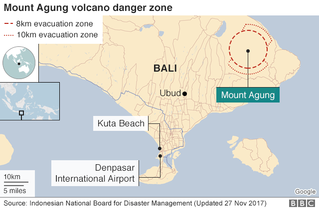 Map showing evacuation zones around Mount Agung