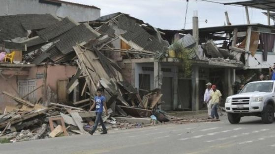 Ecuador Earthquake: Death Toll Jumps to 350 More Than 2,500 Injured