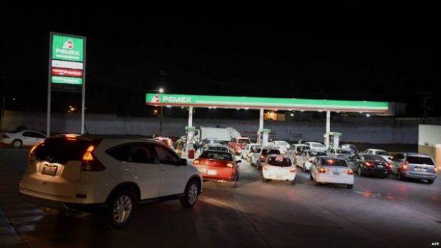 Estación de gasolina en México