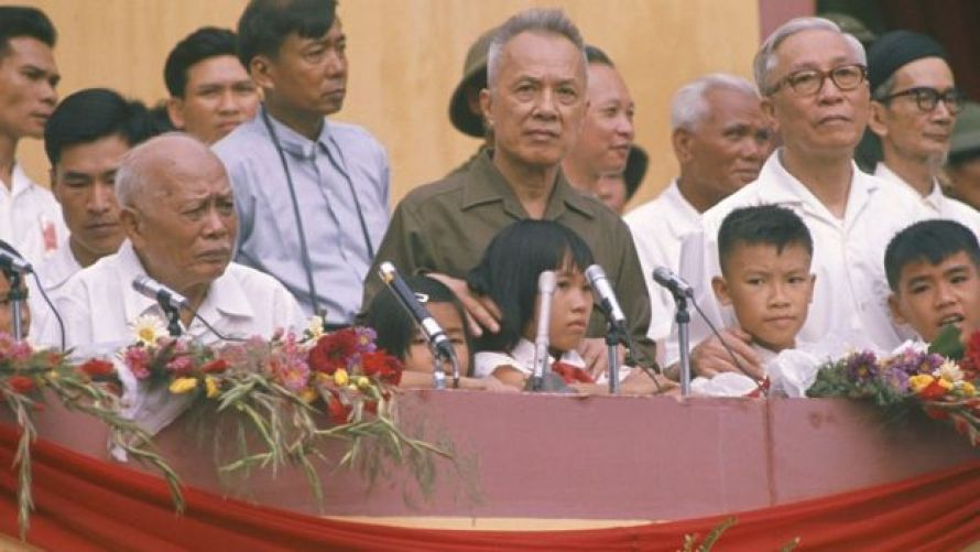 Tôn Đức Thắng, Nguyễn Hữu Thọ và Lê Đức Thọ ở Sài Gòn năm 1975