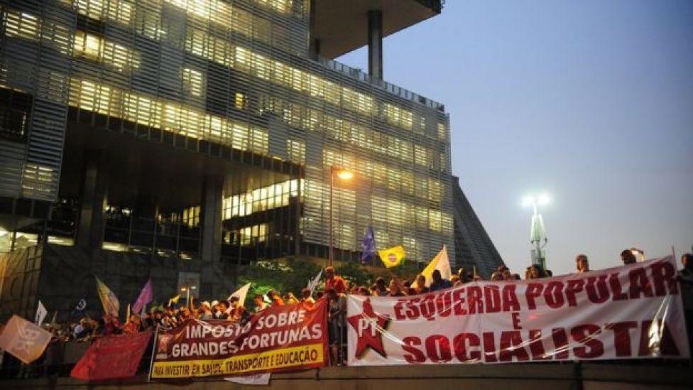 Manifestação em defesa da Petrobras no Rio