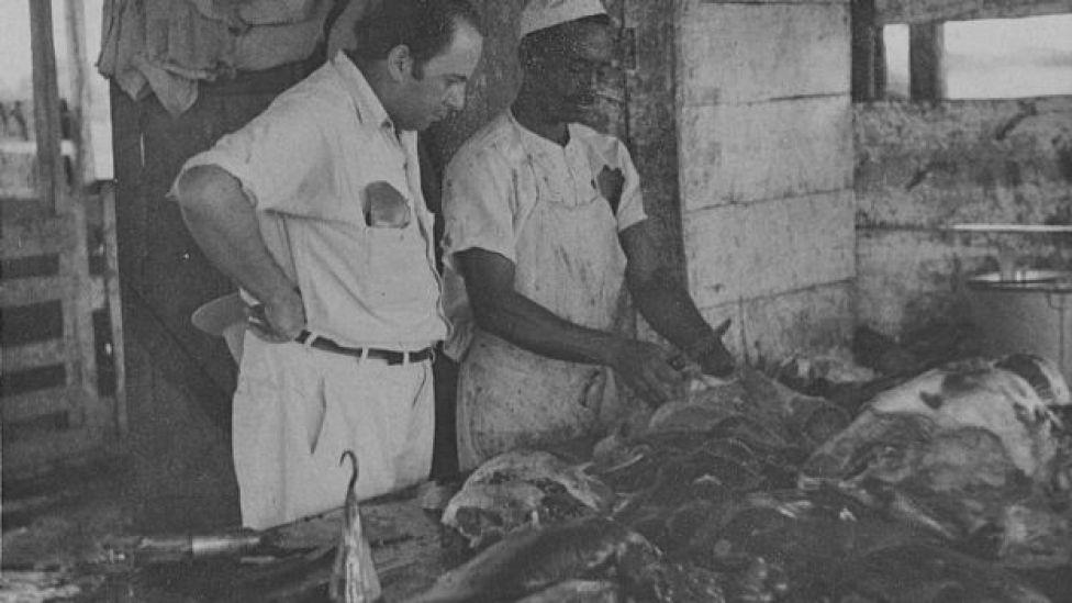 Preparación de carne en GANADERA