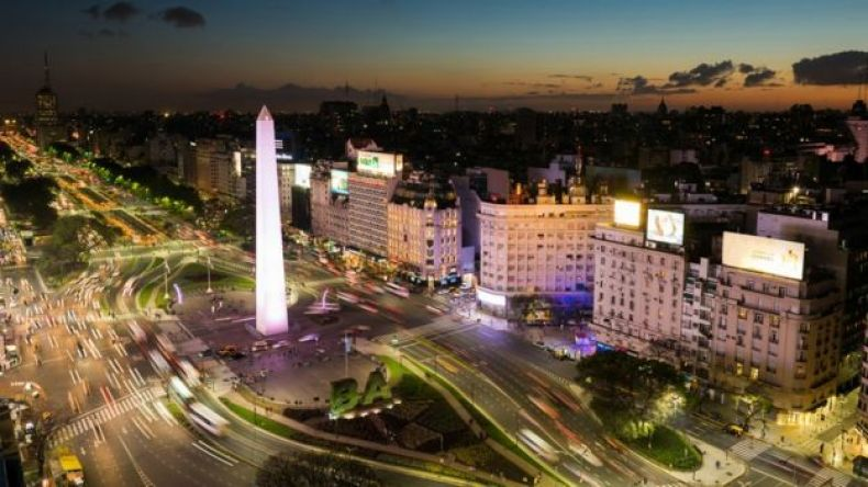 Foto de noche de Buenos Aires.
