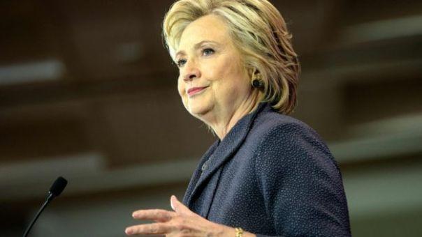 Hillary Clinton en conferencia.