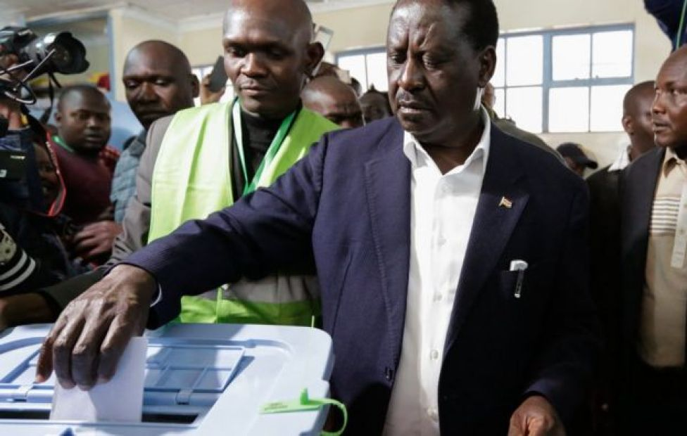 Raila Odinga voting