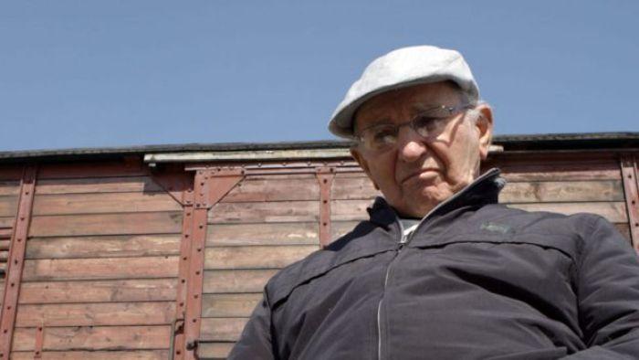 Julio Gartner en el campo de concentración de Auschwitz