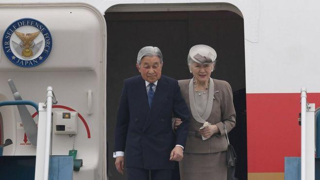 Đây là chuyến công du nước ngoài đầu tiên từ tháng Tám 2016 khi Nhật hoàng bày tỏ lo ngại rằng một ngày nào đó ngài khó có thể đảm nhiệm những trọng trách của mình do sức khỏe giảm sút.
