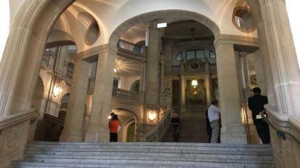 Quang cảnh bên ngoài tòa Thượng thẩm Berlin