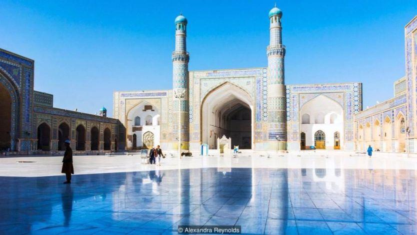 Herat's vibrant Great Mosque