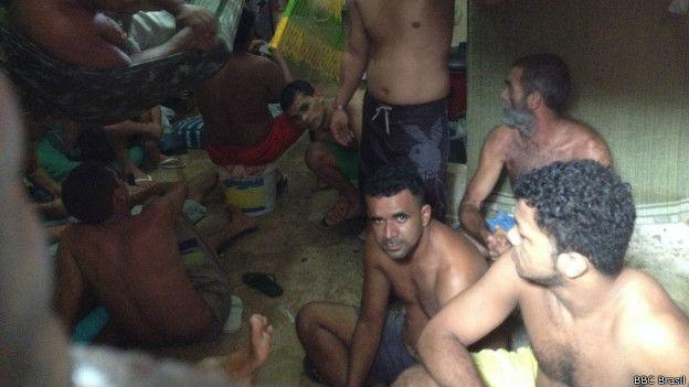 Presos en una celda de Maranhão.