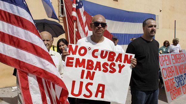 Anti Castro, Miami