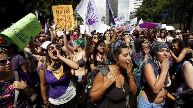 Marcha contra la violencia machista en México