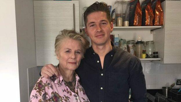 James y su madre