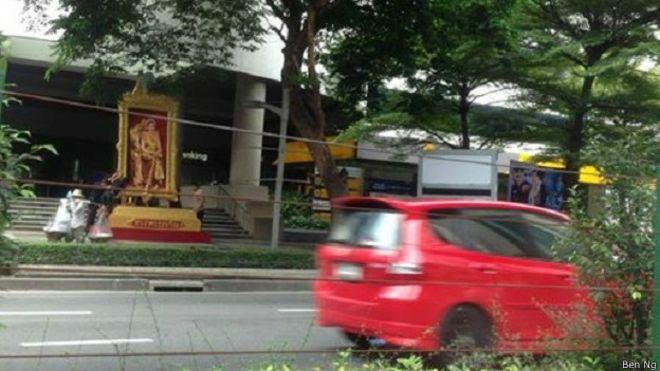 150805063246_bangkok_street_queen_panel_624x351_benng.jpg