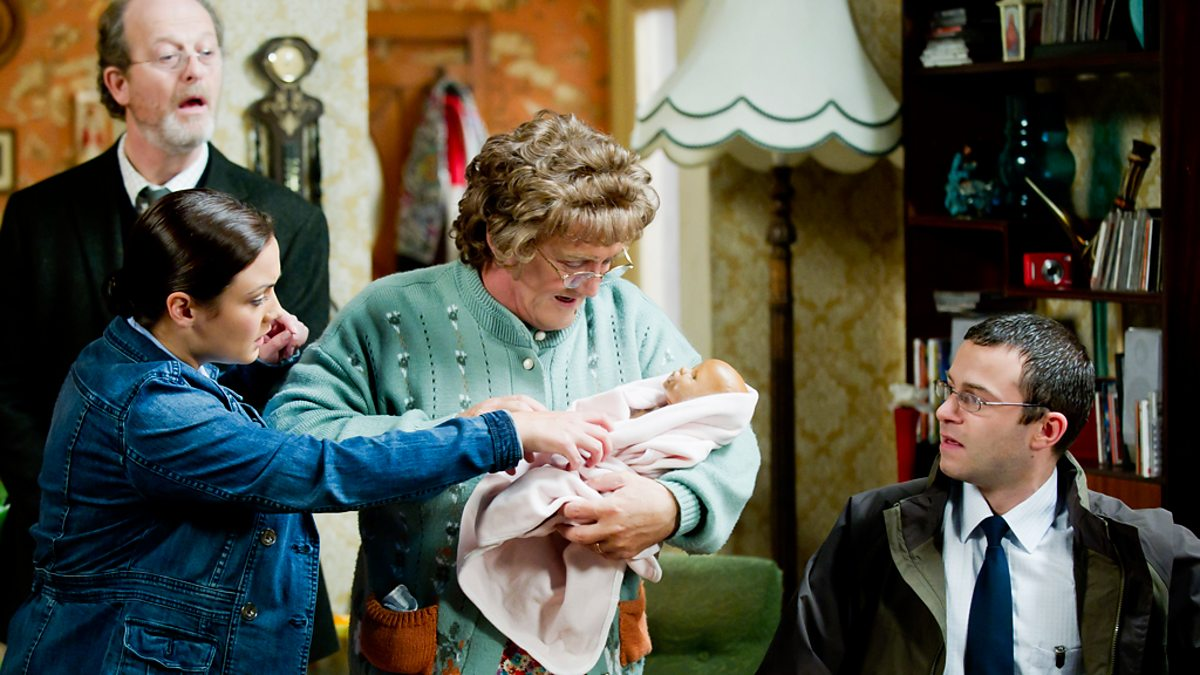 Bbc One Mrs Brown S Boys Series 2 Imammy Batteries