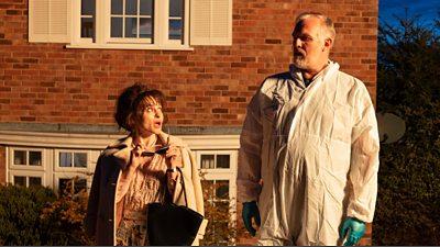 Sheila (Helena Bonham Carter), Paul 'Wicky' Wickstead (Greg Davies)