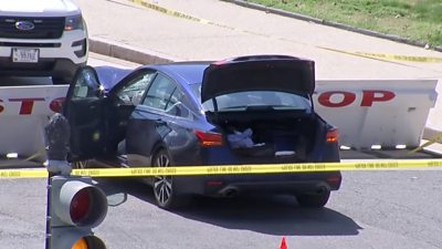 US Capitol: Suspect and officer dead after 'ramming car' into police #world #BBC_News