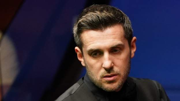 Selby maintains lead over Murphy heading into final session, Swahili Post