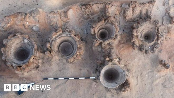 Abydos beer factory: Ancient large-scale brewery discovered in Egypt #world #BBC_News