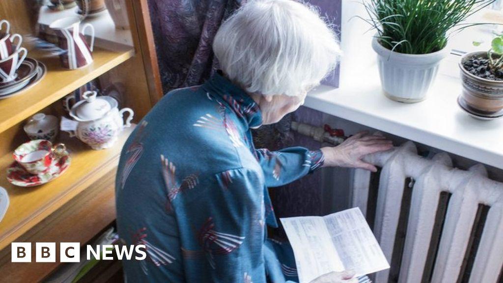 , Gas crisis: Energy regulator warns more customers face hit, The Evepost BBC News