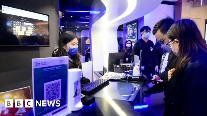 Hong Kong to censor films that 'endanger national security' #world #BBC_News