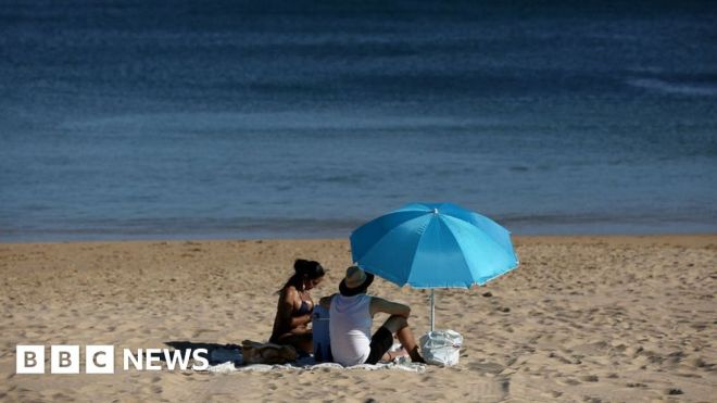 'Nepal variant': What's the mutation stopping green list trips to Portugal? #world #BBC_News